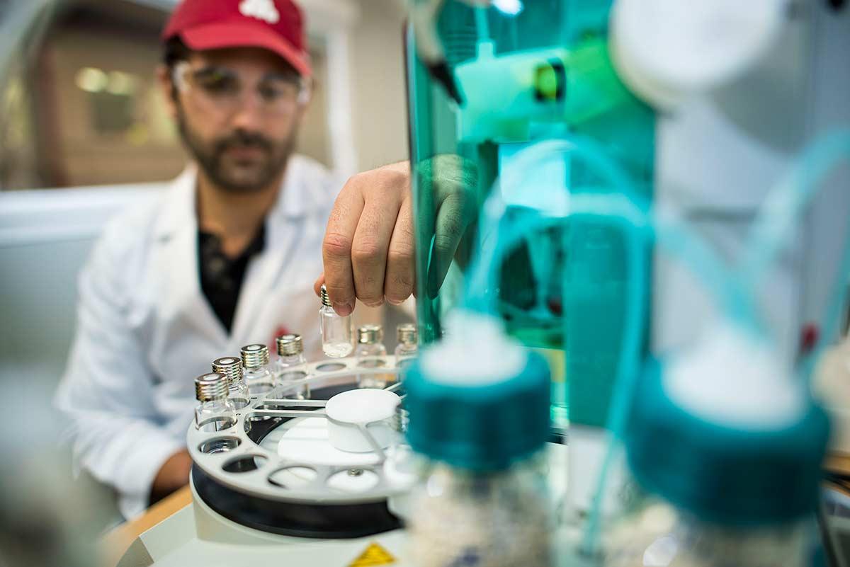 Arthur Los Fotografie - Speciality Chemicals